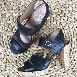 MRKT Cork Sandals Black Heeled size 7.5